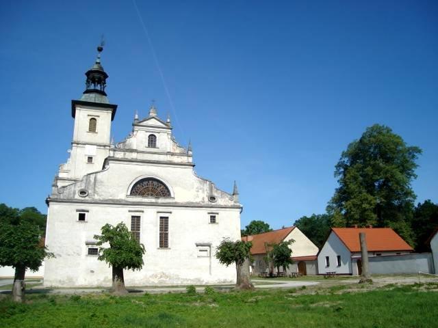 Klasztorna Majówka w Pustelni Złotego Lasu w Rytwianach @ Pustelnia Złotego Lasu | Rytwiany | świętokrzyskie | Polska